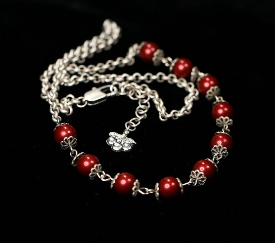 Sweet cherries necklace
